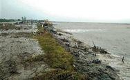 Bão ở miền Bắc, sao sóng gió làm sập đê biển miền Tây?