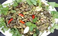 Rau sắn, cà dại trộn tương má thố nàu - cũng ăn được ư?