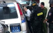Cảnh sát khám xét trụ sở Alibaba đến rạng sáng