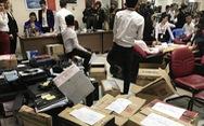 Chủ tịch và giám đốc Alibaba bị bắt, người mua 'ngồi trên đống lửa'