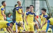 Xem tuyển Việt Nam sảng khoái trong buổi tập đầu tiên chờ đấu Malaysia