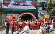 Buộc một công ty tháo gỡ biển hiệu liên quan địa ốc Alibaba