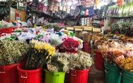 Chợ hoa sỉ lớn nhất Sài Gòn có nguy cơ 'vỡ trận' như 2 năm trước?