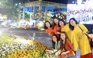 Chùm ảnh tưng bừng khai mạc đường hoa Nguyễn Huệ Tết Canh Tý 2020