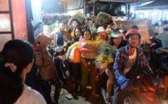 'Bẻ lái' phút chót, chợ hoa lớn nhất Sài Gòn thoát 'thất thủ'