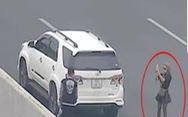 Phạt nữ tài xế dừng xe chụp ảnh trên cao tốc 7 triệu, tước giấy phép lái xe 3 tháng