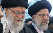 Đại giáo chủ Iran khóc nức nở bên linh cữu tướng Soleimani