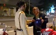 Một người Trung Quốc say xỉn đi xe đạp bị phạt 500.000 đồng