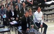 Bị cáo vụ thâu tóm đất công tại Đà Nẵng khóc tại tòa, nói 'sợ không qua khỏi trong tù'