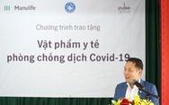 Manulife Việt Nam đóng góp gần 3,5 tỉ đồng  cho tuyến đầu chống dịch