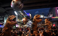 Biểu tình Thái Lan hay lễ hội hóa trang?