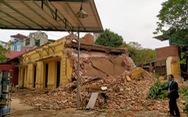 Một phần trạm phát sóng Bạch Mai bị đập ngay trước ngày quyết định lập hồ sơ di tích