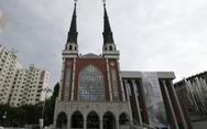 Sau Tân Thiên Địa, mục sư giáo hội MyungSung nhiễm COVID-19