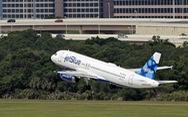 Hãng hàng không Mỹ cấm bay vĩnh viễn một hành khách vì không khai báo COVID-19