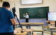 Trường đại học giảm học phí cho sinh viên vì COVID-19