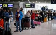 Pháp kêu gọi dân ở nước ngoài 'ở đâu, yên đó', ai muốn về phải tự trả tiền vé