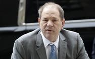 'Ông trùm điện ảnh' Harvey Weinstein bị cách ly trong tù vì COVID-19