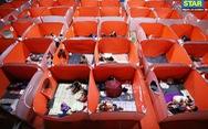 Lo COVID-19 lây lan, Philippines dựng lều cho người vô gia cư