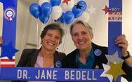 Hàng ngàn y bác sĩ nghỉ hưu ở New York tình nguyện tham gia chống dịch