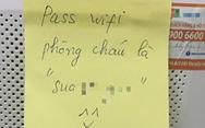 Những mẩu giấy đầy tình nữ sinh để lại trong phòng cách ly ký túc xá