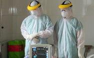 Hai bệnh nhân COVID-19 qua đời ở tuổi 33 và 47