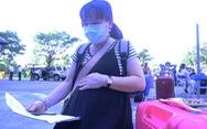 Hàng trăm bà bầu vui vẻ rời khu cách ly, đặt tên con là Quảng Nam để lưu dấu kỷ niệm