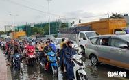 Bắc Bộ và Trung Bộ tiếp tục nắng nóng, Nam Bộ mưa dông