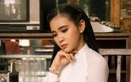 'Thiên thần bolero' Quỳnh Trang mang lại làn gió mới với liên khúc 30 bài bolero