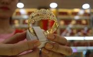 Giá vàng SJC vọt lên sát 51 triệu đồng/lượng