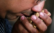 'Cực hình' sau khi mắc COVID-19: không còn cảm nhận được mùi hương