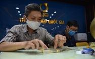 Giá vàng thế giới lao dốc mạnh, vàng trong nước giảm hàng triệu đồng/lượng