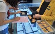 Giá vàng lại áp sát mức 2.000 USD/ounce