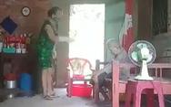 Người cao tuổi đang lẻ loi và cô thế