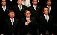 Ông Suga đi theo con đường của ông Abe?