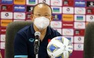 HLV Park Hang Seo: 'Trọng tài nên tự đánh giá mình'