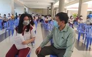 Phụ huynh, học sinh mong chờ được tiêm vắc xin ngừa COVID-19