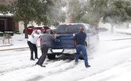 2,7 triệu hộ dân Texas mất điện, 31 người Mỹ chết do bão mùa đông