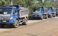 Đà Nẵng: Không hợp đồng, cả đoàn xe ben chở rác vẫn đòi vào bãi rác Khánh Sơn