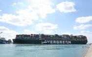 Tàu chắn ngang kênh Suez, doanh nghiệp Việt 'nín thở'
