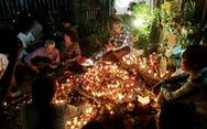 9 năm đốt nến, đồng ca bên mộ Trịnh Công Sơn