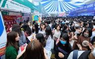 Ngày hội tư vấn tuyển sinh - hướng nghiệp 2021: Ngỡ ngàng số lượng các gian tư vấn tuyển sinh