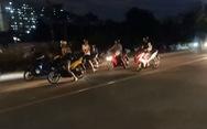 'Quái xế' lại chặn đường đua xe ở TP Thủ Đức