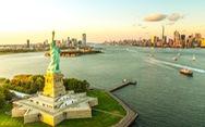 'Nữ thần Tự do' tràn ngập từ Á đến Âu, nhiều tượng phá cách