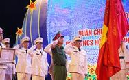 Tuổi trẻ cảnh sát cơ động đón nhận Huân chương Bảo vệ Tổ quốc hạng nhì