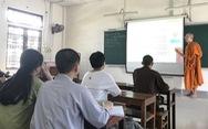 Sư thầy với lớp luyện thi THPT miễn phí