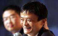 Rời thương trường, tỉ phú Jack Ma vẽ tranh, làm từ thiện