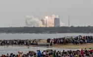 Tên lửa khổng lồ Trung Quốc sắp rơi xuống Trái đất, đang được 'giám sát chặt'