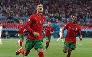 """Vòng 16 đội: Thần may mắn đã """"quên"""" Bồ Đào Nha"""