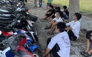Hàng chục cảnh sát vây bắt nhóm 'quái xế' đua xe lúc giữa trưa