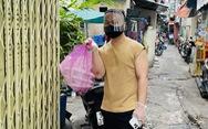 Chàng trai ngày ngày làm cơm gửi vào khu phong tỏa Mả Lạng